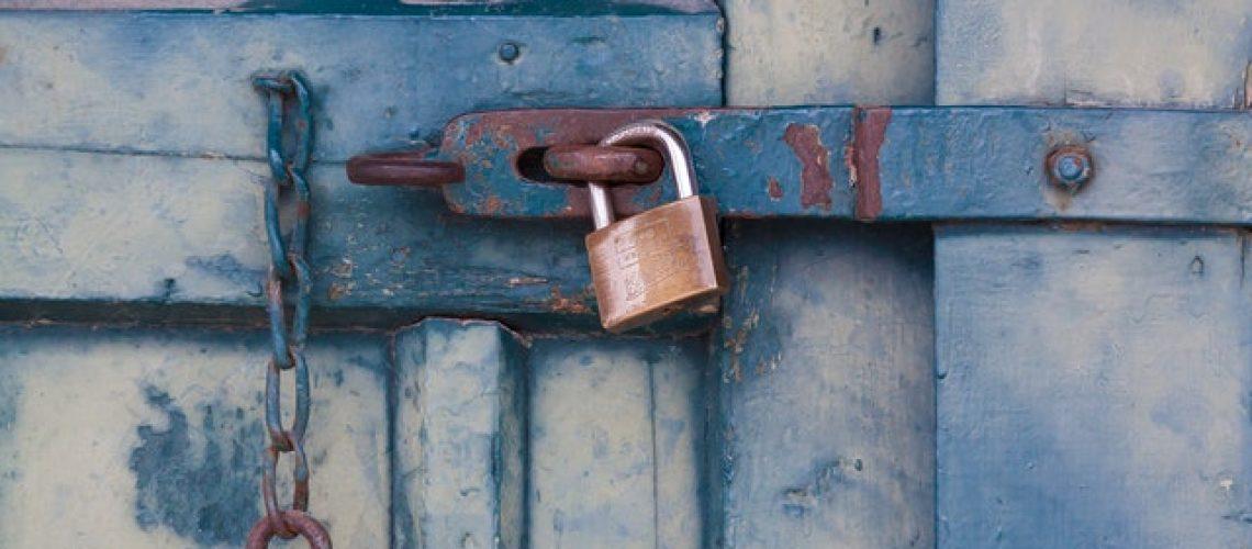 chain-door-lock-164425
